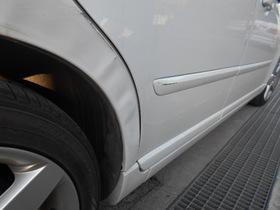 ボルボ V50 栃木県宇都宮市より板金塗装修理でご来店です。